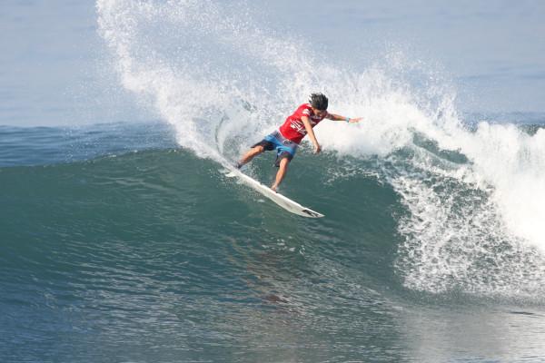 田中樹。 波だけでなく相手選手も頭の中にインプット。クレーバーの一言。波を見る目、戦略は鋭い。
