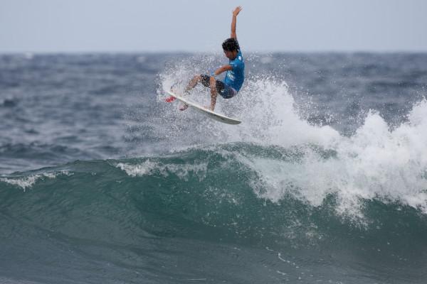 田中樹。 積極的に仕掛けるものの、決勝では波のサイクルが合わず3位に。