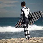 シャーク・アタック緩和システム(SAMS)が開発した「サメよけウエットスーツ」