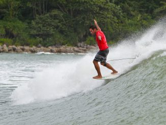 Current World Longboard Champion Piccolo Clemente is back in China to defend his title in 2016. WSL/Will H-S