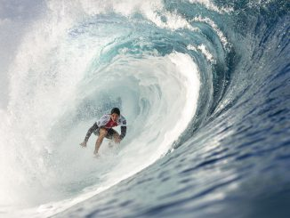 Gabriel Medina (BRA), defending Vans Triple Crown of Surfing winner and 2014 WSL Champion, will be one to watch on the North Shore as he competes for his first Billabong Pipe Masters victory. Medina will surf against rookie Kanoa Igarashi (USA) and one of the top two winners of the Pipeline Invitational when competition gets underway.  Image: © WSL /  Cestari