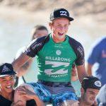 16才のハワイアン、フィン・マギルがパイプ・インヴィテーショナル優勝。