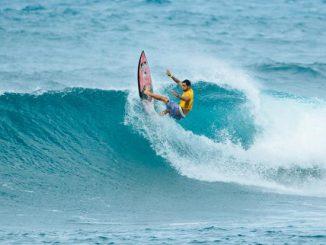 ハワイアン・ビリー・ケンパーはピアヒからサンセットまで支配する。 Photo: WSL / Sloane