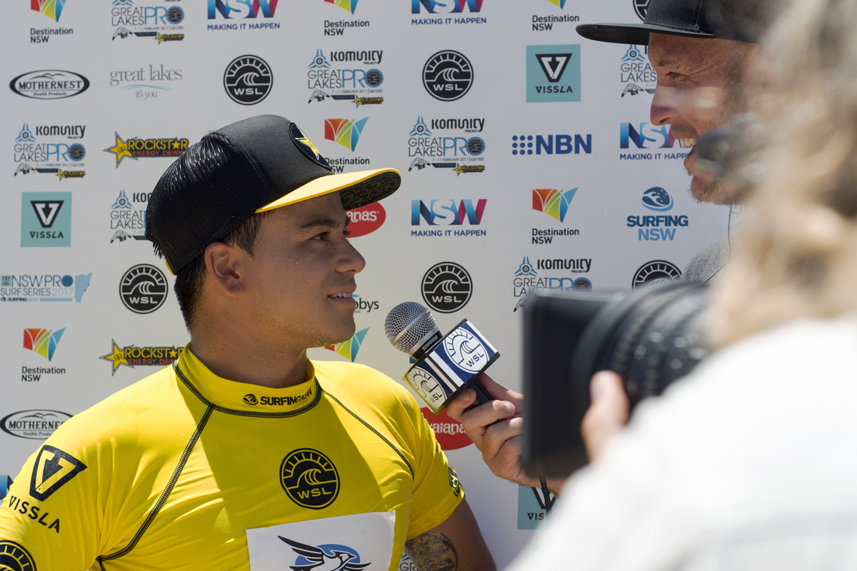 Keanu Asing Won his Round 5 heat at the Komunity Project Great Lakes Pro with a perfect 10 and a 9.30.