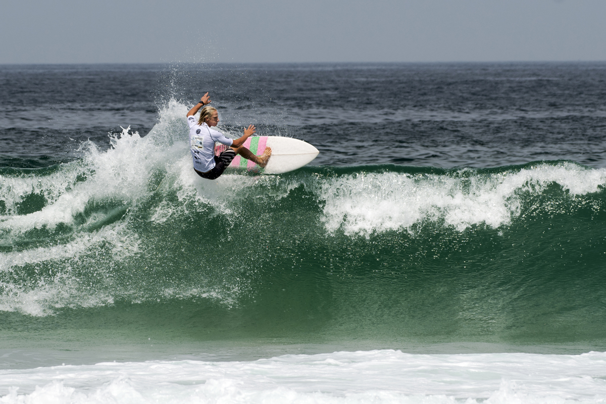 Thomas Cervic Wfloating through to Round 3 at the Komunity Project Great Lakes ProWSL/Bennett