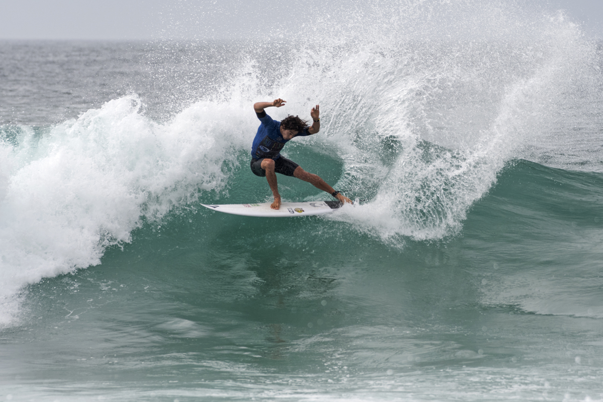 Yago Dora Progressed through to the Quarterfinals at the Maitland and Port Stephens Toyota Pro at Merewether Beach with a heat total of 18.33.