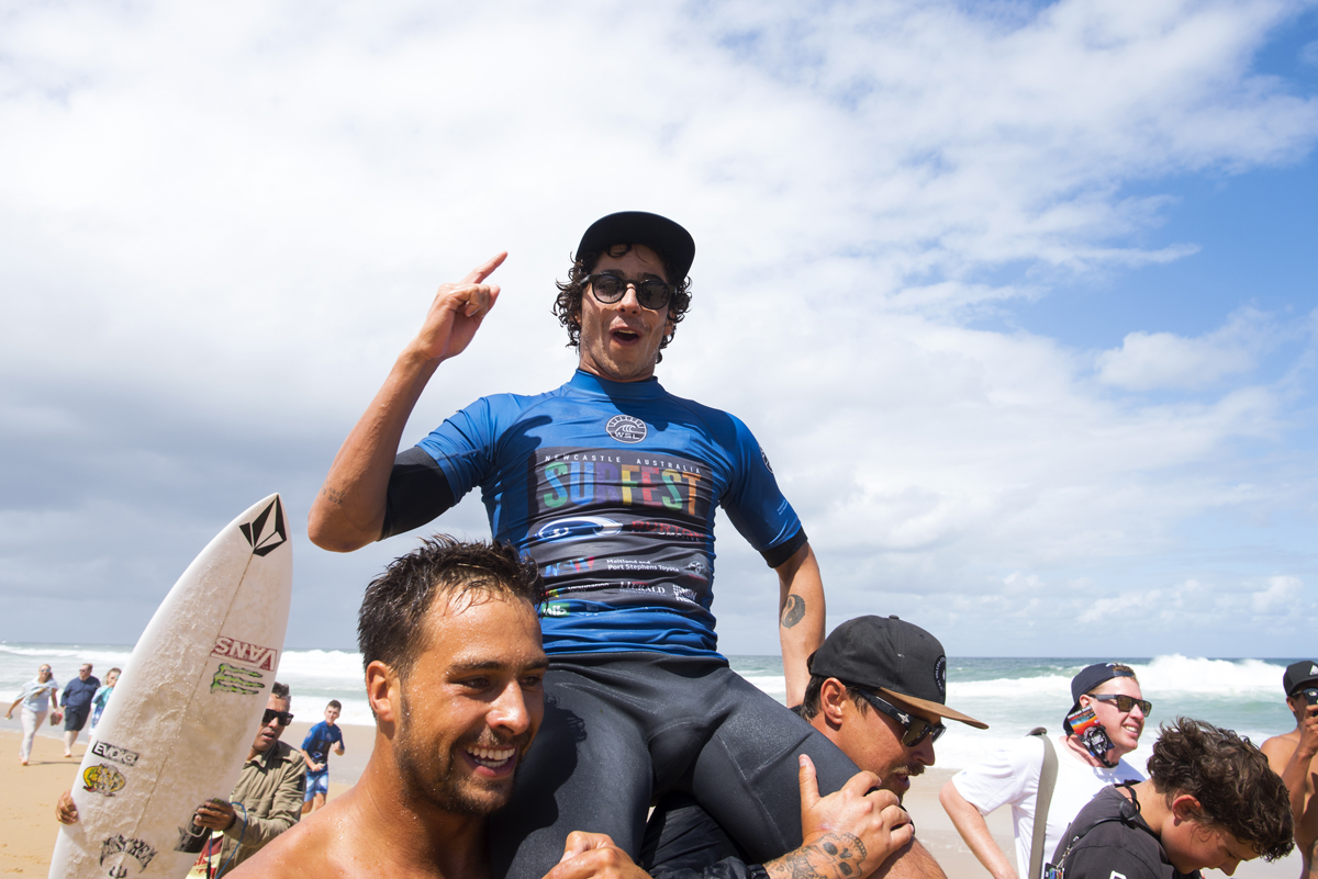 Yago Dora Wins the 2017 Maitland and Port Stephens Toyota Pro at Merewether Beach © WSL / Bennett