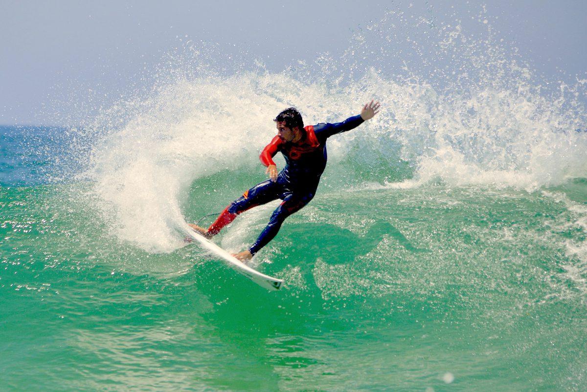 フランス代表のジェレミー・フローレスPhoto: French Surfing Federation
