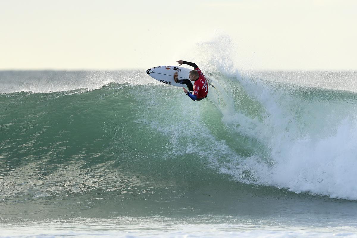 今年もJベイでファニングのサーフィンが見れるPHOTO: © WSL / Cestari