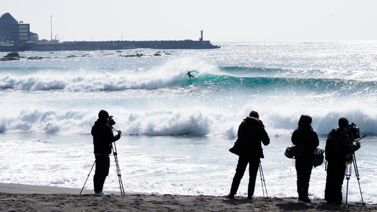 報道陣も多く、注目度の高さを感じた日本初のサーフィン強化合宿