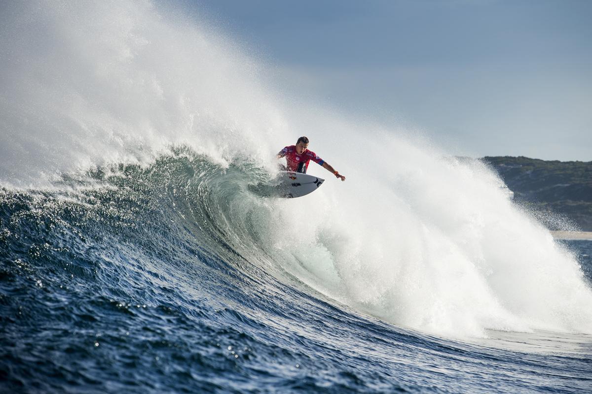 今年もこんな波で大会が行われるのか。ジュリアン・ウィルソンCredit: © WSL / Cestari