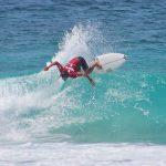 大原洋人、田中大貴がラウンド4進出。カリブ海で開催中のQS3000「バルバドス・サーフ・プロ」大会3日目。