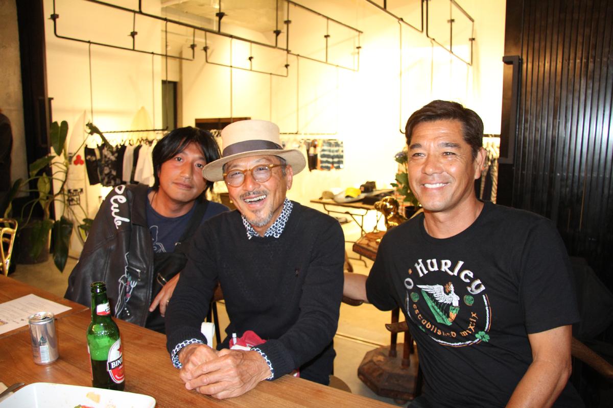 世界的ファッションデザイナーのミハラヤスヒロ(写真左)がプロデュースする「Ones by Sosu」。横山泰介、糟谷修自もオープニング・パーティに登場。