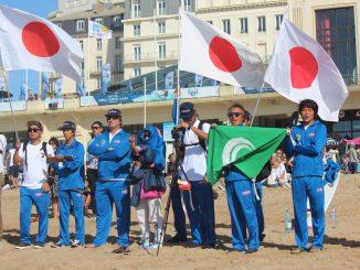 野中美波のヒートを見守る波乗りジャパン photo:michiko nagashima