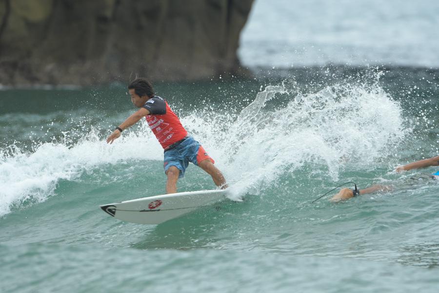 R3からは一気にサーフィンレベルが上がった。塚本勇太