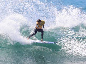 圧倒的なサーフィンを見せるジョーディ・スミスPHOTO: © WSL / Morris