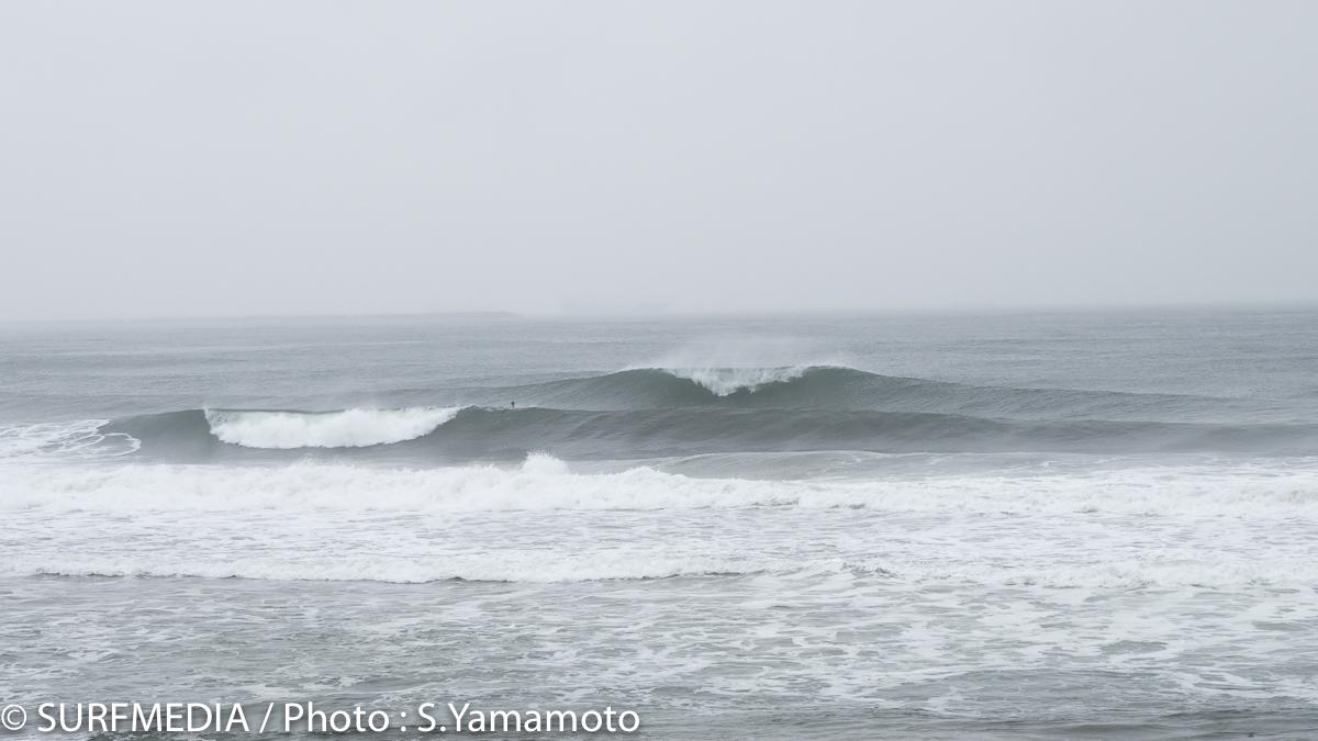 仙台、恐るべし。素晴らしい波が次から次へとブレイク。