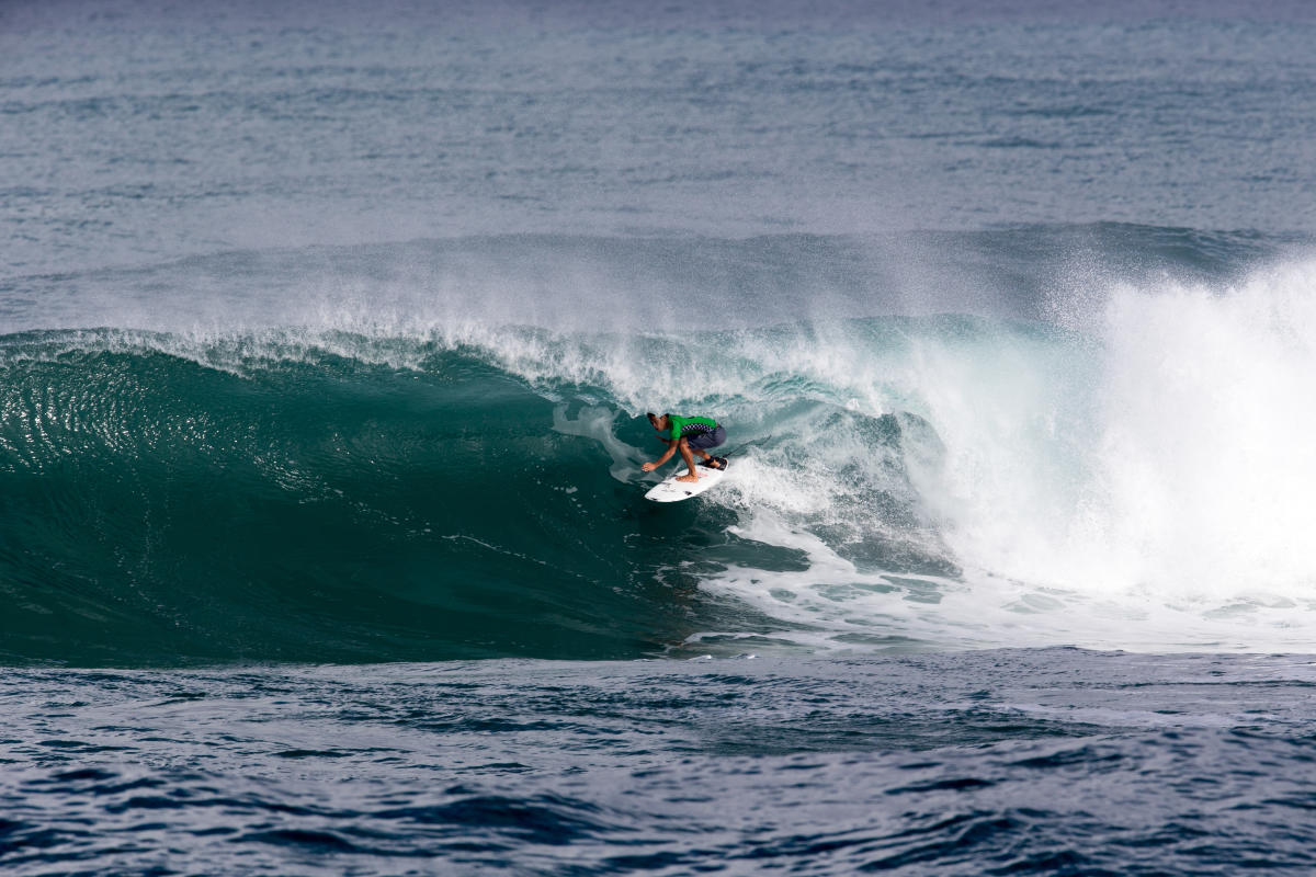 ラウンド1ではバレルもメイクした山中海輝 WSL / Freesurf/Keoki