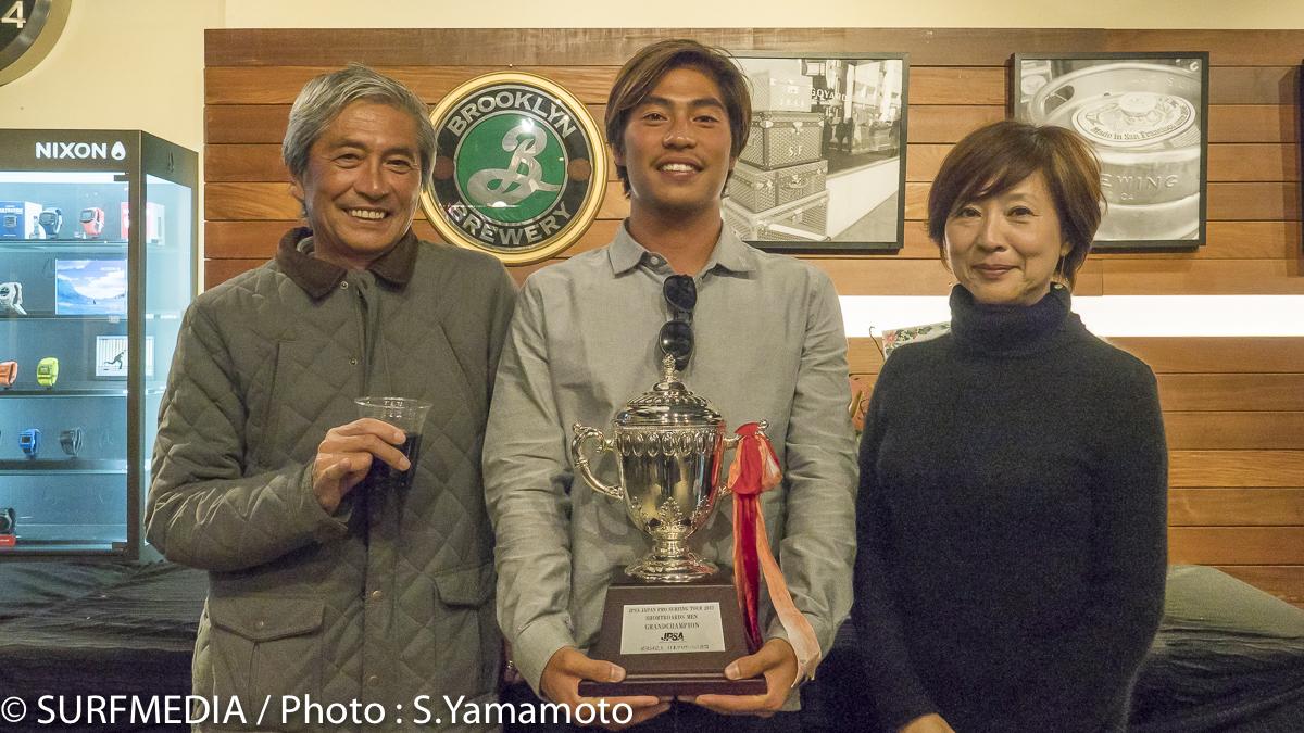 加藤嵐にとって一番のサポーターはご両親。