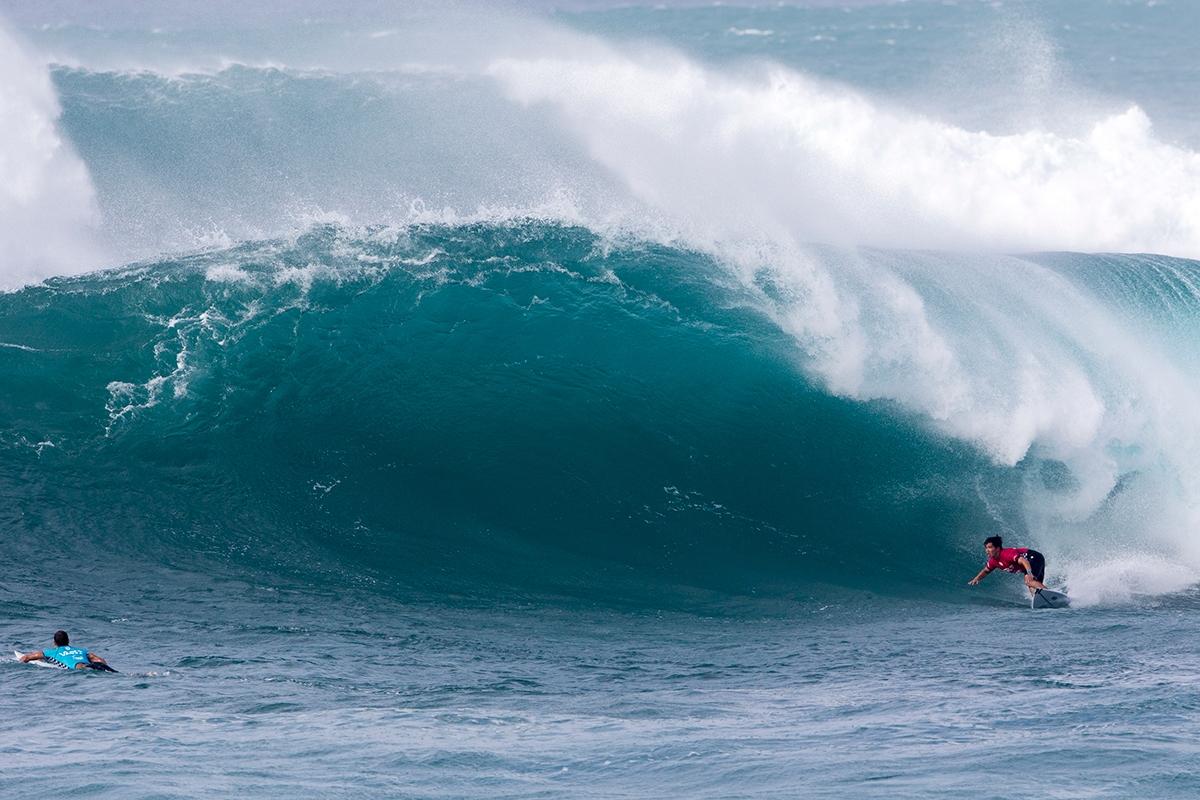 巨大なサンセットにチャージした大原洋人WSL / Keoki Saguibo