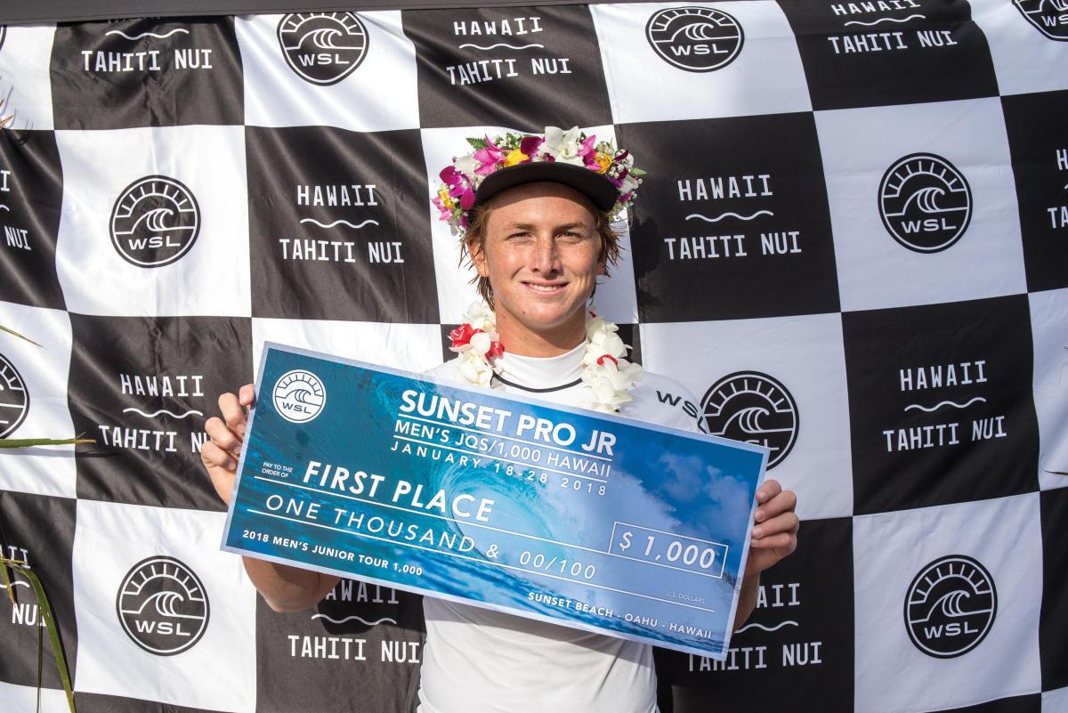2017年のワールド・ジュニア・チャンピオンのフィン・マギル(HAW)WSL / tony heff