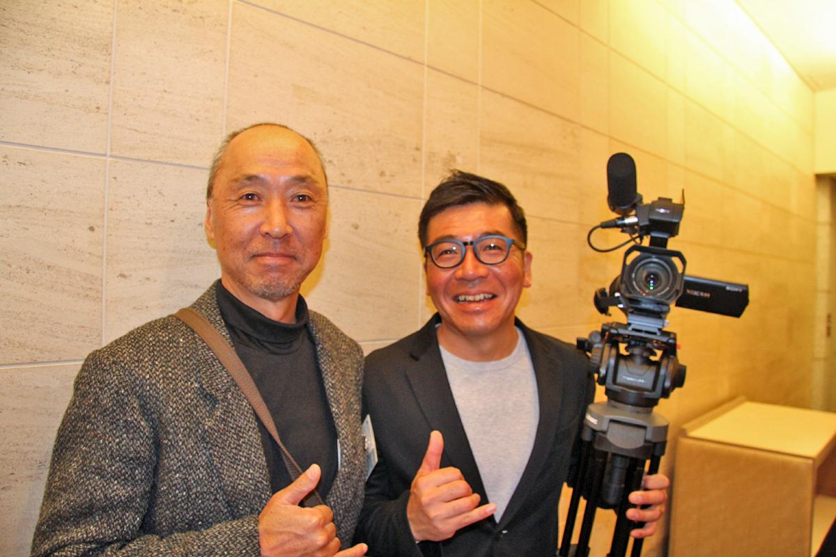 サーフメディアでもお馴染みのサーフィンジャーナリストの李さんとパルオくん