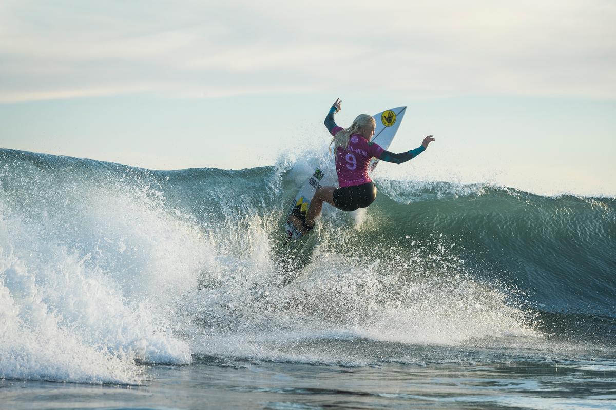 今回ブラジル選手としての初ヒートを戦ったタティアナ・ウエストン-ウェッブ(BRA)Credit: © WSL / Poullenot