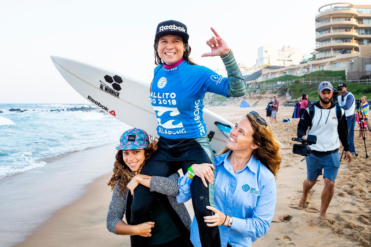 元世界チャンピオンのソフィア・ムラノヴィッチ(PER)が優勝PHOTO: © WSL / Cestari