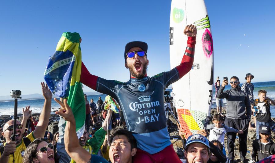 今季2勝目でランキングトップに躍り出たトリード。PHOTO: © WSL / Cestari