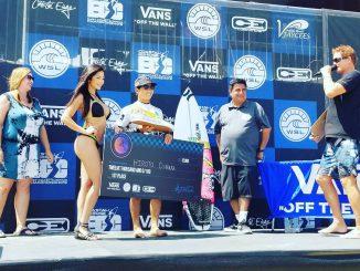 表彰台に上がった大原洋人 East Coast Surfing Championships