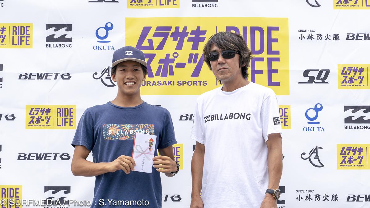 エキシビションで優勝した鈴木仁