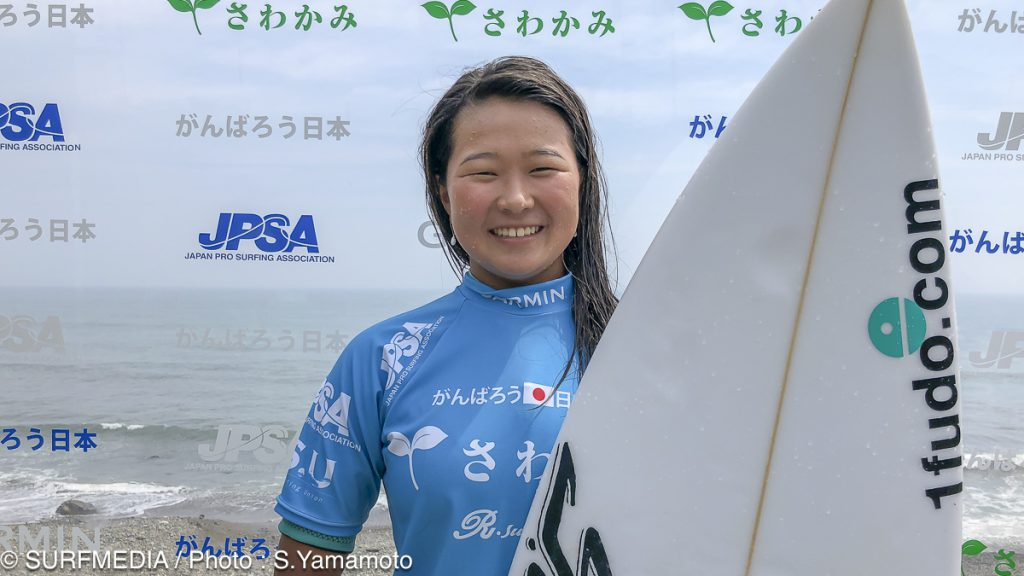 women komugi okada-6975