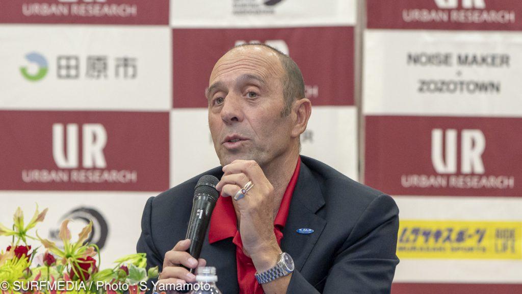 国際サーフィン連盟会長:フェルナンド・アギーレ