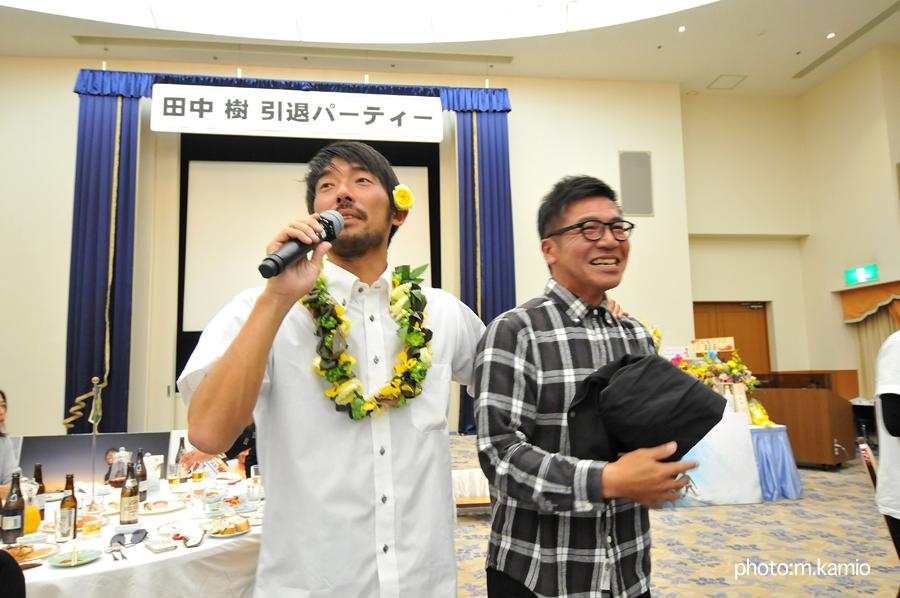 3TのシグネチャーDVDを手がけたPARUOこと鈴木晴雄さんもお祝いに駆けつけた
