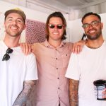 アボリジニの血を引くサーファー・アーティストであるオーティス・キャリーと2名のアーティスト来日