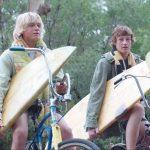 サーフィンを通して成長していく少年たちの姿を描く映画『ブレス あの波の向こうへ』が7/27より公開