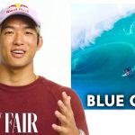 「VANITY FAIR(ヴァニティ・フェア)」のウェブ版に五十嵐カノアが登場し、サーフィン映画4本をレビュー