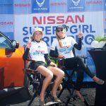 レイキー・ピーターソンとケイトリン・シマーズが日産スーパーガールサーフプロで優勝。チーム・カリフォルニアが総合優勝。