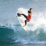 第49回 秋季全日本学生サーフィン選手権で東海大学が団体優勝。SPクラスで日大の小笠原由織が優勝。